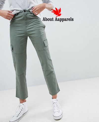 Straight-Leg-Stretch-Trousers-with-Pockets-in-Light-Khaki