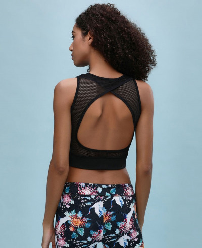 Crop-Top-With-Back-Cut-Out-Detail