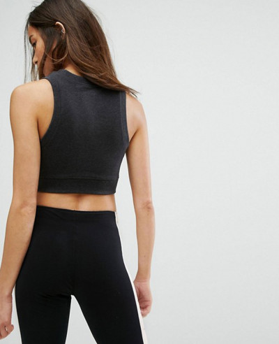 Cropped-Tank-Top-With-High-Shine