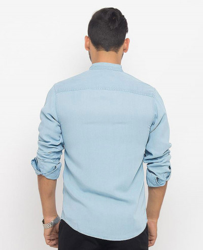 Men-Ice-Blue-Super-Soft-Tencel-Denim-Shirt-with-Metal-Buttons
