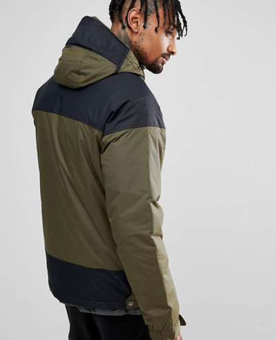 Pullover-Jacket-Hooded-Insulated-in-Green-Black-Windbreaker-Jacket