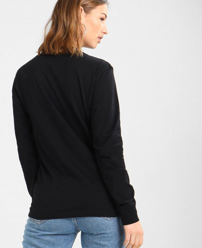 Round-Neck-Long-Sleeved-Black-T-Shirt