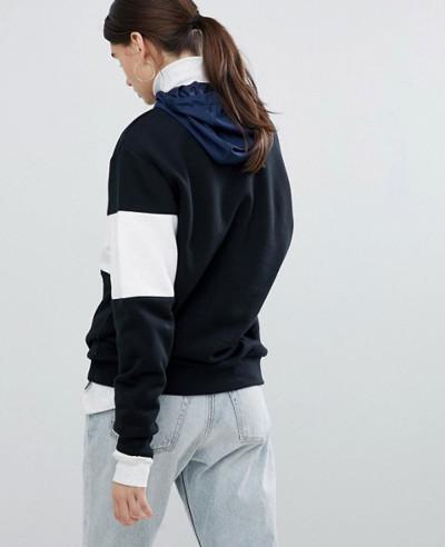 Sweatshirt In Black And White