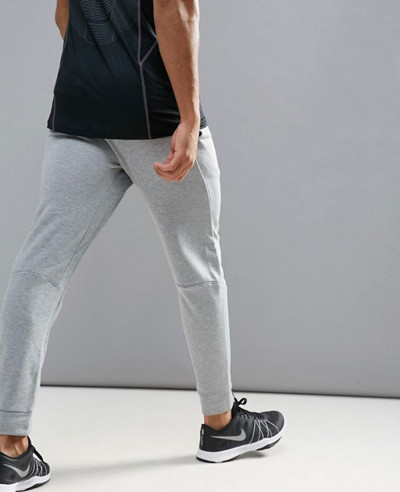 Training-Dri-FIT-Fleece-Tapered-Joggers-In-Grey