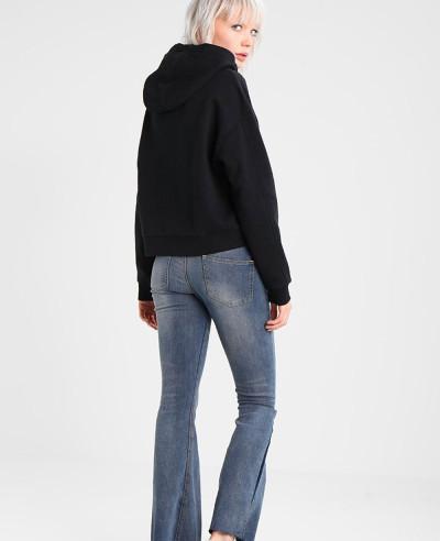Women-Pullover-Black-Hoodie